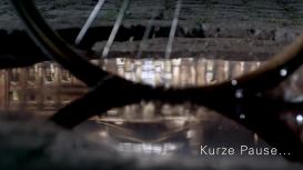 NTV KURZE PAUSE :: TV TRAILER :: PARASOL ISLAND :: director DENIS GUTH :: ARTDIRECTION