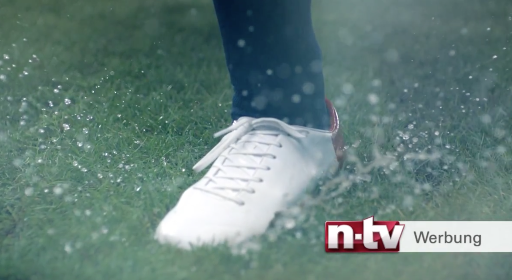 N -TV :: KURZE PAUSE - vintage book, football shoe, backdrop designs special made ,  customs made backdrop designs